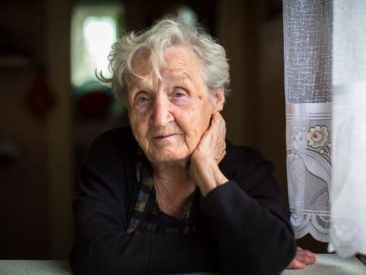 elderly-senior-woman-worried_large.jpg