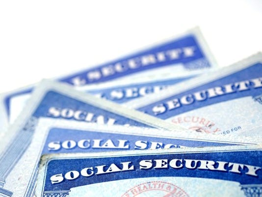 social-security-cards_gettyimages-641228186_large.jpg