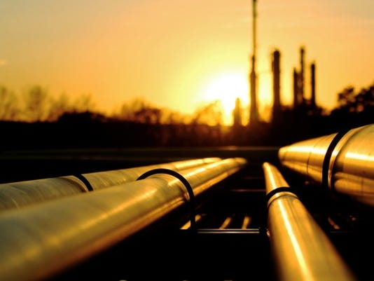 oil-pipes-and-refinery_large.jpg