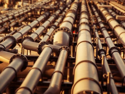 getty-oil-pipes-and-lots-of-them_large.jpg
