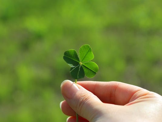 four-leaf-clover_large.jpg