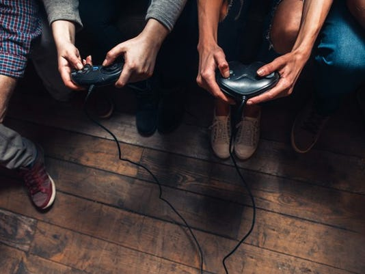 people-playing-video-games_large.jpg