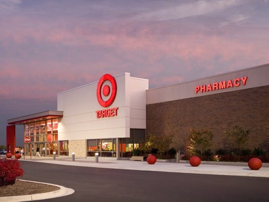 Target Christmas Commercial 2018.Christmas Eve 2018 List Of Major Retailers Store Hours