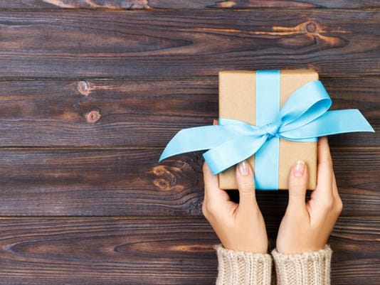 gift-gettyimages-891505924_large.jpg