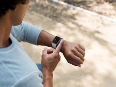 'It saved my life': Apple Watch, Fitbit notify users of medical emergencies