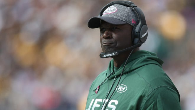Oct 9, 2016; Pittsburgh, PA, USA; Jets head coach Todd Bowles on the sidelines against the Steelers during the second half of their game at Heinz Field. The Steelers won, 31-13.