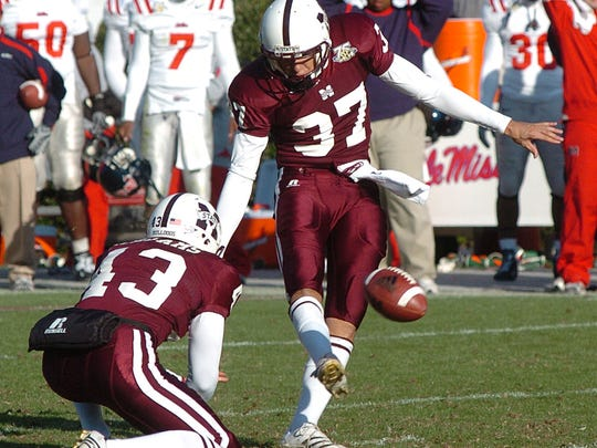Mississippi State kicker Adam Carlson won the 2007 Egg Bowl with a last-second field goal, completing a Bulldogs comeback from down 14-0 to win 17-14.