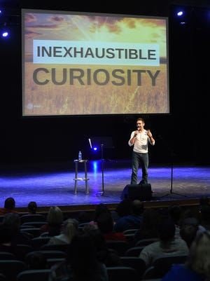 Ryan Ray of Los Angeles talks Monday, Oct. 19, 2015, about his recent walk across America during a talk at ASUMH. Ray, who walked through the Twin Lakes Area during his walk, talked about following your dream.