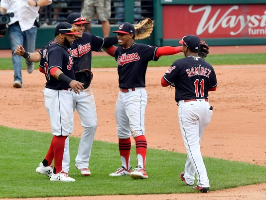USP MLB: DETROIT TIGERS AT CLEVELAND INDIANS S BBA CLE DET USA OH