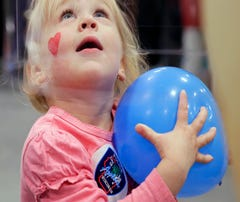 Fox Cities Kidz Expo has everything from mascots and STEAM activities to ... dinosaur poop?