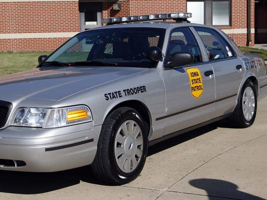 Man killed, teen injured in crash in southwest Iowa