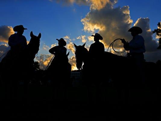 MAINHernandez_rodeo_01
