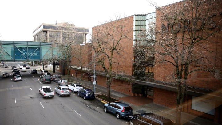 Salem Center mall changes hands, faces foreclosure