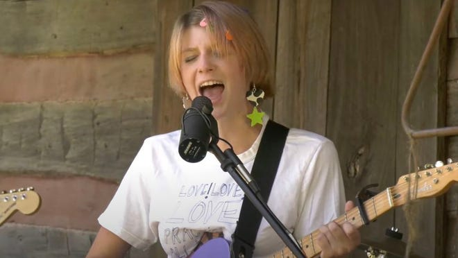 Chlo White of snarls performs at the virtual 2020 Nelsonville Music Festival.