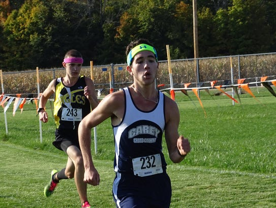 Carey's Joe Oren finishes just ahead of Colonel Crawford's