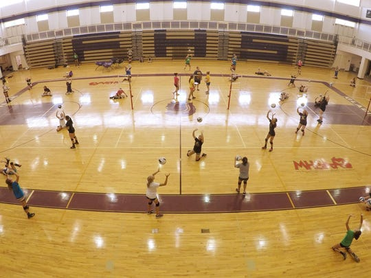 FHS volleyball tryouts_03