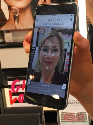 Sephora's Pocket Contour app scans your face and offers tips on how to apply makeup.