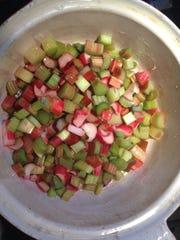 Rhubarb pana cotta 3.JPG