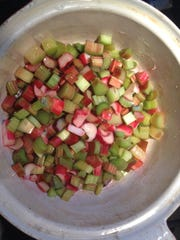 Rhubarb stews to make a sweet-sour compote to complement an unctuous yogurt panna cotta, a perfect spring dessert.