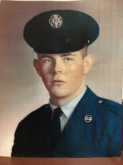 Art Chadwell's official U.S. Air Force portrait, taken in 1962.
