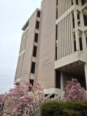 Lafayette Parish Courthouse, where the district attorney's office was located in 2012.