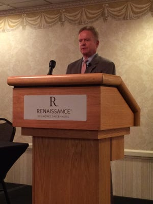 Jim Webb speaks to the Des Moines Foreign Relations Committee at the Renaissance Savery Hotel in downtown Des Moines.