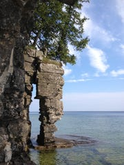 Dolostone pillar on northeast shoreline of Rock Island.
