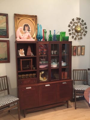Clutter is coming to Collingswood.
