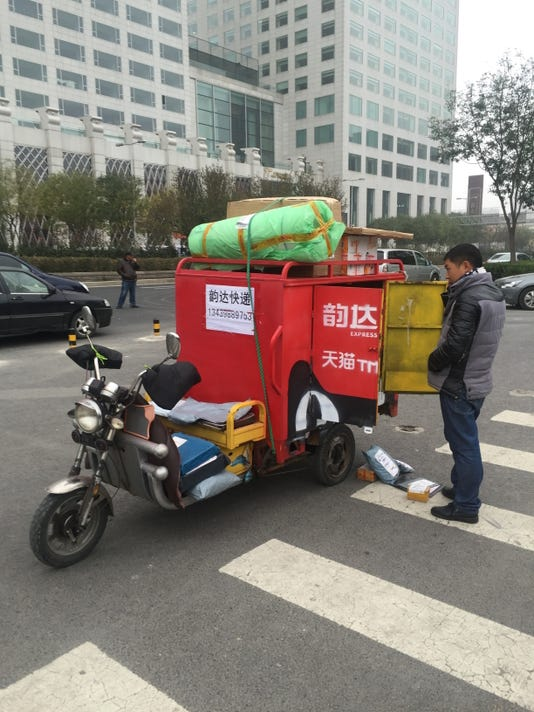 China thinks it has figured out online grocery shopping