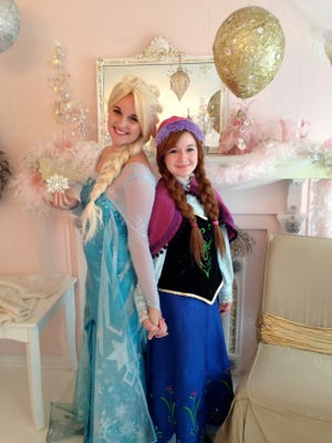 The Royal Sisters, Elsa and Anna, will be attending the Festival of Lights at the Cincinnati Zoo & Botanical Garden every night this season, starting Saturday.