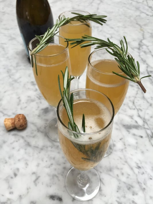 Food Finds New Years Eve Cocktail