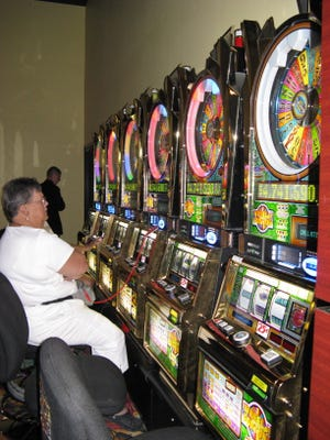 Slot machines could provide economic windfall for Naples-Fort Myers greyhound track and Bonita Springs.