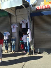 Stores selling items for Pope Francis' visit to Juárez.