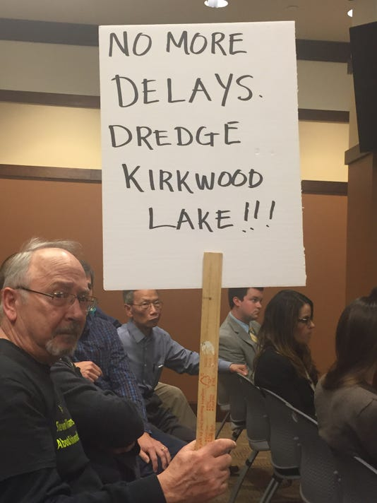 -kirkwood-lake residents -protest-April-7-2016.JPG