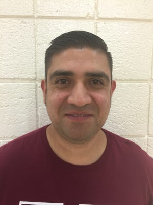 Dallas Puente, Ysleta head basketball coach