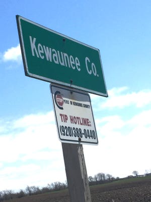 A study shows that in addition to cattle manure, human waste from sanitary systems is also polluting well in Kewaunee County