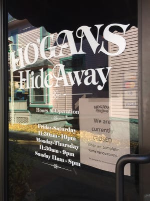 Signs at Hogan's Hideaway state that the restaurant is closed for renovations.