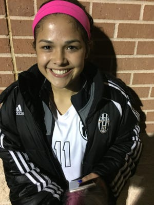 Abilene High midfielder Avery Lara