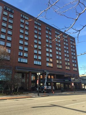 The Radisson Hotel reportedly experienced a power outage Monday night because of problems with an underground issue with a downtown power cable. A Board of Water & Light spokesman said Tuesday morning power had been restored shortly after crews identified the problem.