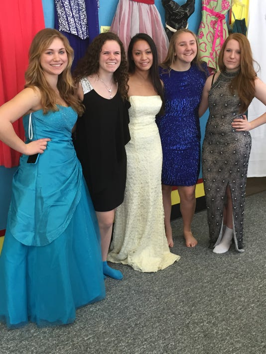 West Milford Hs Sells Prom Dresses At Cinderella Event