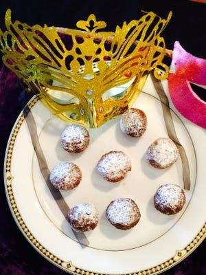 Italian frittelle, or fritter, doughnuts are a great Fat Tuesday treat you can make.