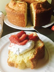 Pound cake fullsizeoutput_229e