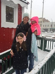 Erin Frayne with her daughters Sophia, 8, and Ruby,