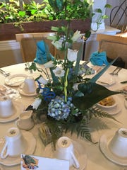 An elegant table setting created by the Lost Lakes