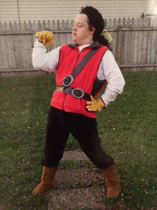 Matt as Gaston.JPG
