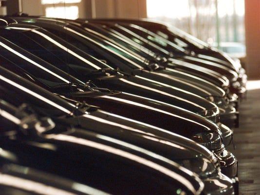 auto nation 121798 row cars