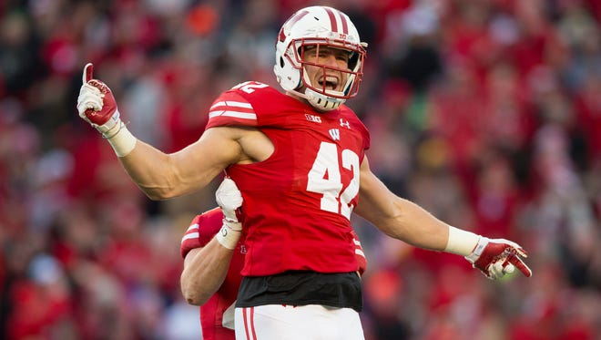Wisconsin linebacker T.J. Watt will join his brothers in the NFL next season.