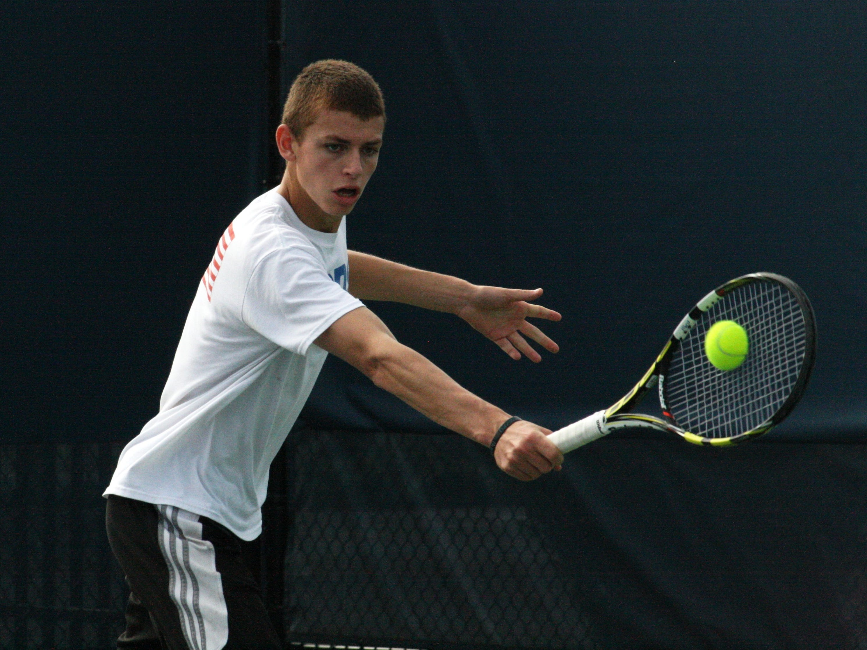 Cincinnati Country Day's Asher Hirsch is looking for his third straight Division II state singles title.