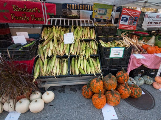 Rinehart's Family Farm has sweet corn and pumpkins