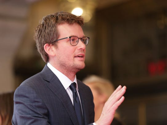 John Green could capture Indiana's millennial vote